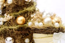 Free CHristmas Decoration In Gold Royalty Free Stock Photo - 1600955