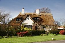 Thatched Village Cottage Royalty Free Stock Photography