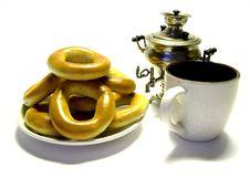 Free Pretzel, A Samovar And A Mug Stock Images - 1605044