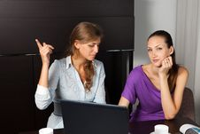 Free Two Young Women While A Coffee Break Stock Image - 16000581