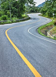 Free Curve Road On Mountain Royalty Free Stock Photos - 16004638