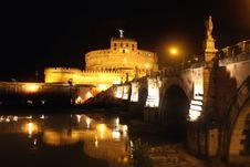 Free Castel Sant  Angelo Night In Rome, Italy Royalty Free Stock Photography - 16005417