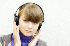 Free Girl With Headphone Stock Photography - 16005542