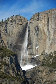 Free Yosemite Falls Stock Photos - 16006843