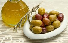 Free Olives Stock Photo - 16008790
