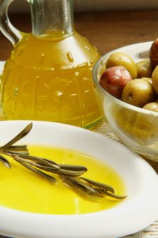 Free Olives Oil Stock Photos - 16008803