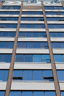 Free Office Building Royalty Free Stock Images - 16011539