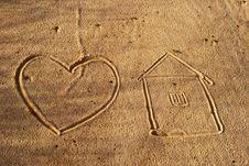Free Sand Waves. Royalty Free Stock Photo - 16013175