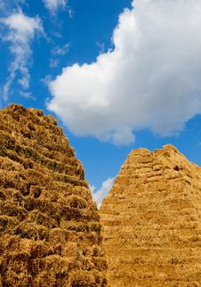 Free Haystack Royalty Free Stock Photos - 16016298