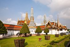 Free Famous Prangs In The Grand Palace In Bangkok In Th Stock Photos - 16020143