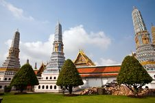 Free Famous Prangs In The Grand Palace In Bangkok In Th Royalty Free Stock Photography - 16020187