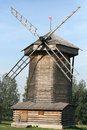 Free Old Wooden Windmill In Suzdal Royalty Free Stock Photography - 16033777