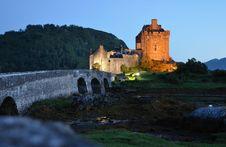 Free Night View Of Elian Donan Castle Royalty Free Stock Photos - 16034968