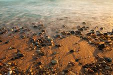 Free Sea With Stones Stock Image - 16039261