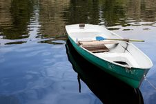 Free Boat On The Water Royalty Free Stock Photo - 16040285