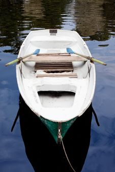 Free Boat On The Water Royalty Free Stock Images - 16040689