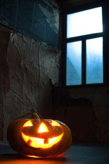 Free Halloween Pumpkin In Night On Old Wood Room Stock Photos - 16043773