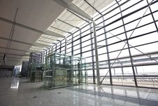 Free Shanghai Hongqiao Airport Royalty Free Stock Image - 16044386