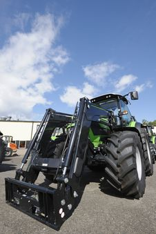 Free Tractors, Latest Model Royalty Free Stock Photo - 16046115