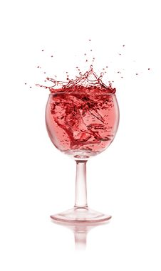 Free WIne Splash Royalty Free Stock Images - 16047429