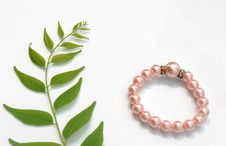 Free Pearls Bracelet Stock Photography - 16048512