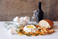 Free Bread And Eggs Royalty Free Stock Images - 16049949