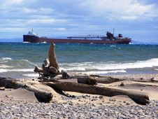 Free Working Barge On Lake Superior Royalty Free Stock Photos - 16050548