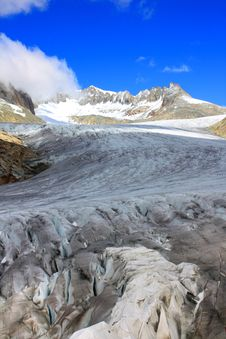 Free Close Up Of Glacier With Snow Capped Mountains Stock Photos - 16052883