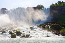 Free Tourists At Niagara Falls Royalty Free Stock Photo - 16053755
