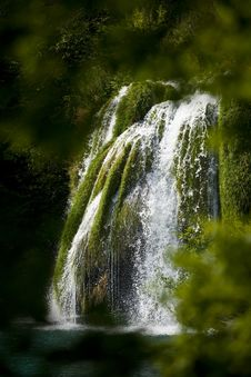 Free Plitvice Lakes Waterfall Royalty Free Stock Image - 16054996