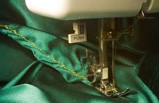 Free Sewing Machine Detail Royalty Free Stock Photo - 16055035