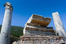 Free Antique Ruins In Ephesus Royalty Free Stock Photo - 16055605