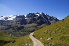 Free Mountain Path Stock Photo - 16056050