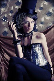 Free Smoking Lady Royalty Free Stock Images - 16056599
