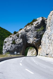 Arc Tunnel In Mountain Road Royalty Free Stock Photography