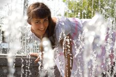 Free Portrait Of A Girl In The Fountain Royalty Free Stock Photos - 16062288
