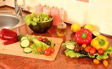 Free Fresh Table Stock Photos - 16067643