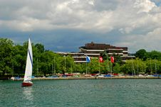 Free Sailboat Coming From Zurich Yachtport Royalty Free Stock Photos - 16068438