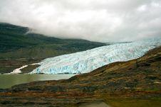 Free The Svartisen Glacier Royalty Free Stock Images - 16071039