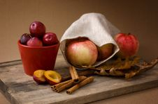 Free Apples And Plums Stock Images - 16071774