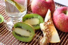 Free Kiwi, Apples And Melon Stock Images - 16077104