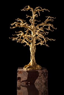 Free Golden Tree Sculpture. Stock Photography - 16078082