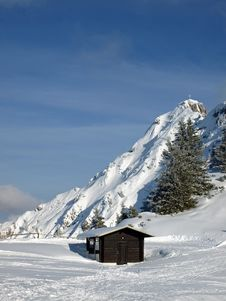 Free Shed In The Alps In Germany Stock Photography - 16079472
