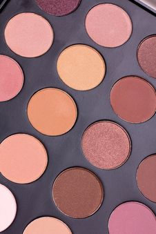 Free Neutral Eyeshadows Palette Stock Images - 16082694