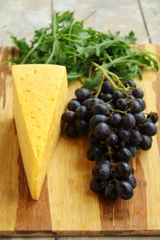 Free Grapes And Cheese Stock Photos - 16083273
