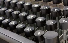 Free Old Typing Device Royalty Free Stock Photography - 16084907