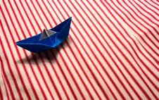 Free Blue Paper Boat Stock Photos - 16085063