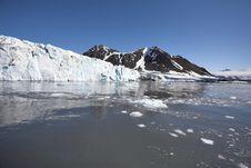 Free Arctic Glacier Landscape (Spitsbergen) Stock Photo - 16085620