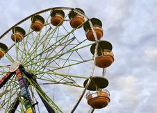 Free Ferris Wheel In The Evening Royalty Free Stock Photos - 16085708