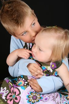 Free Brother And Sister Royalty Free Stock Photography - 16087507